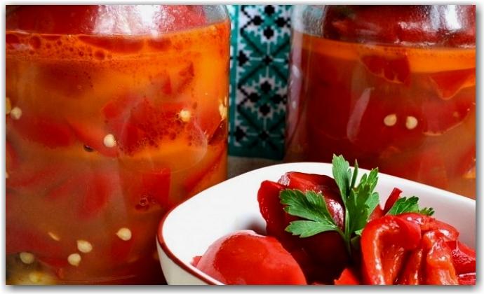 Также необходимо пол-литра томатного сока, который можно сделать из томатной пасты или же получить, перекрутив 0,5 килограмма помидоров, сняв предварительно с них шкурки.